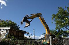 Prehensile excavator